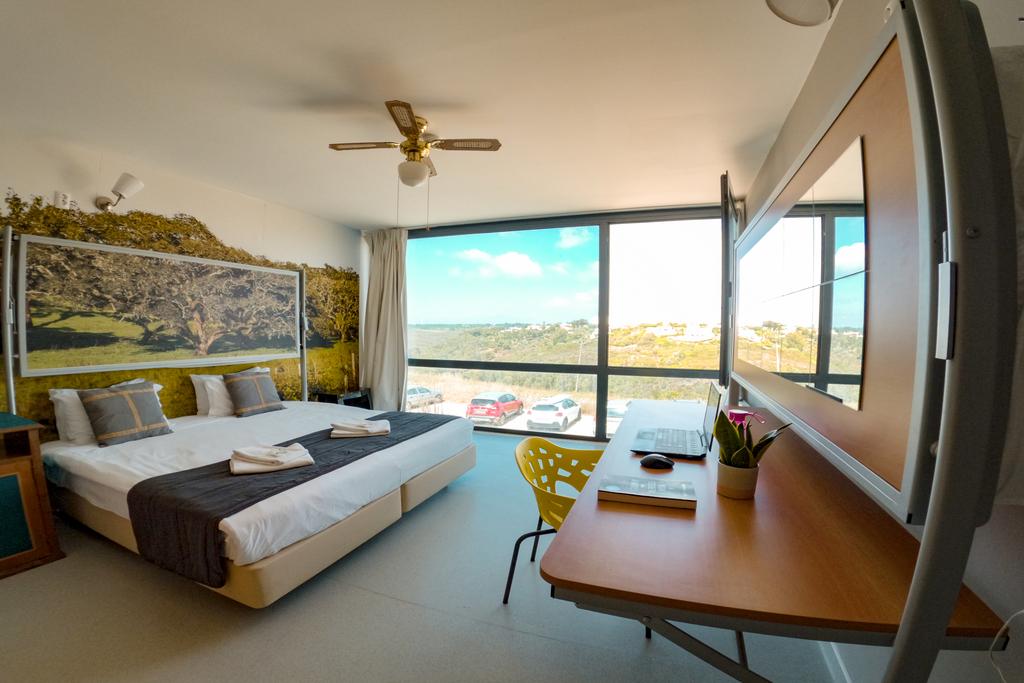 Co-living Arrifana Destination Hostel